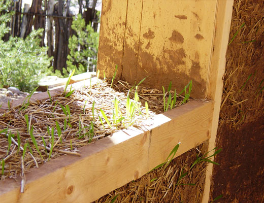 Environmentally friendly clay-straw